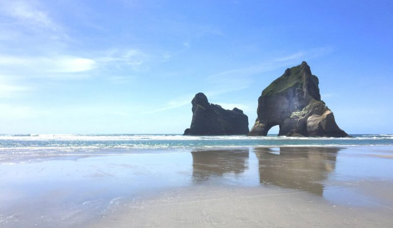 Wharariki Beach & the beautiful Archway Islands